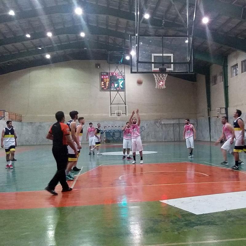 در یک بازی پایاپای ، تیم بسکتبال کاموَر مغلوب هلال احمر شد+عکس